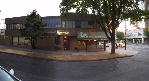 clinic exterior4
